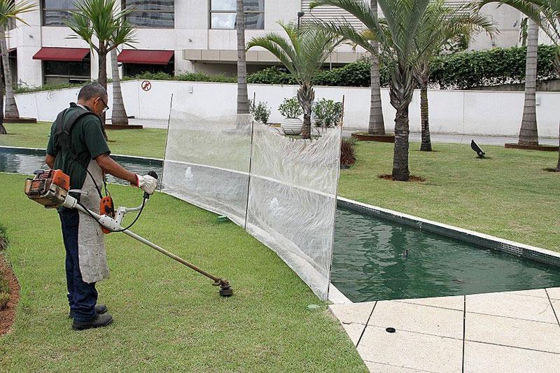 Manutenção de gramados esportivos