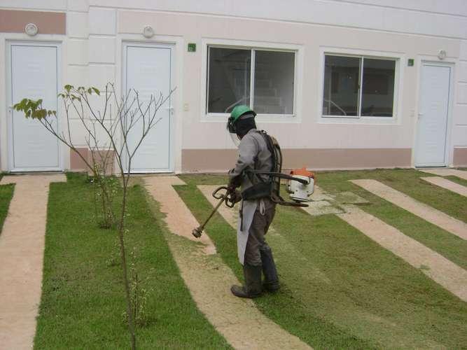 Manutenção de Áreas Verdes